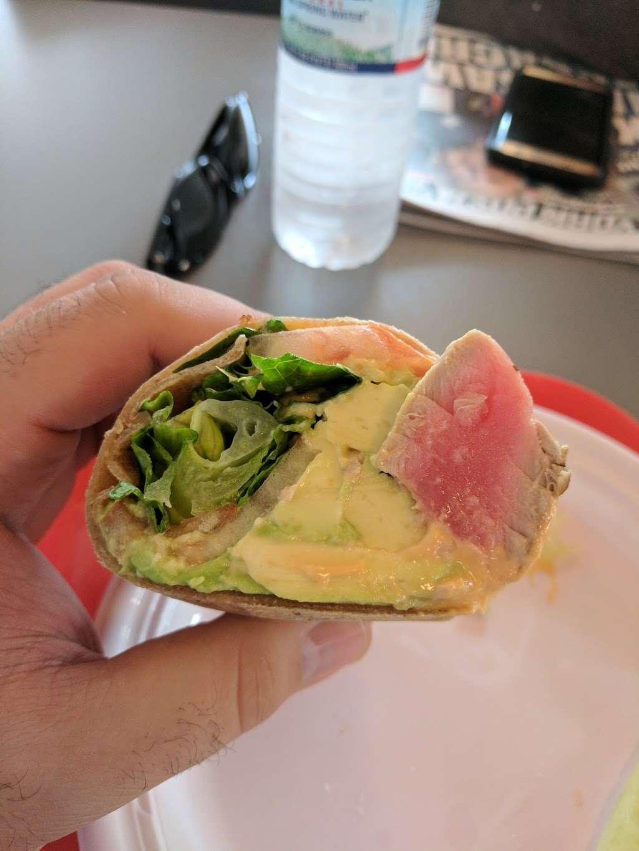 Better Gourmet Health Kitchen - restaurant  | Photo 1 of 6 | Address: 400 Forest Ave, Staten Island, NY 10301, USA | Phone: (718) 727-2800