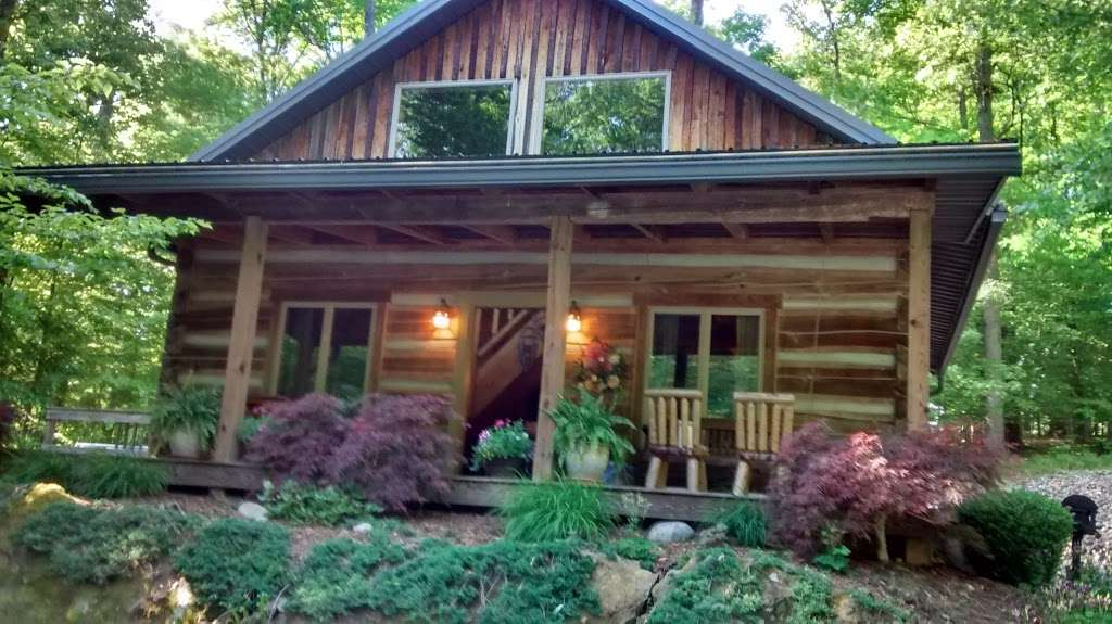 Antler Log Cabins - real estate agency    Photo 3 of 10   Address: 8747 E State Rd 45, Unionville, IN 47468, USA   Phone: (812) 339-6547