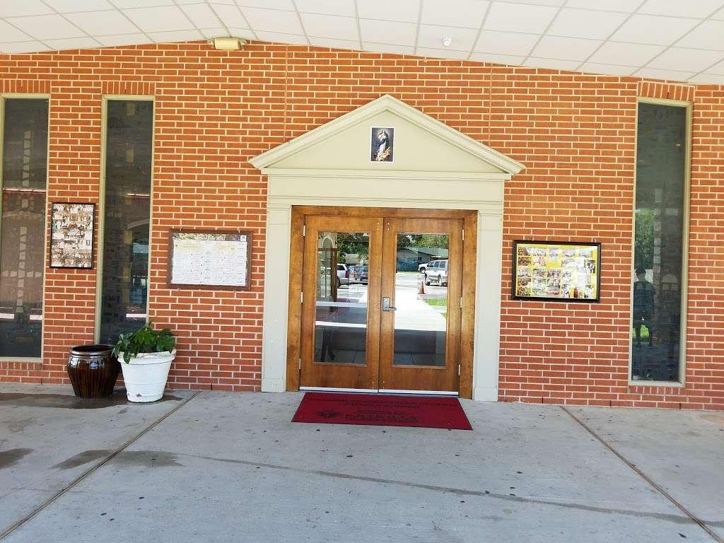 St Philip of Jesus Catholic Church/ San Felipe de Jesus Houston, - church  | Photo 8 of 10 | Address: 9700 Villita St, Houston, TX 77013, USA | Phone: (713) 672-6141