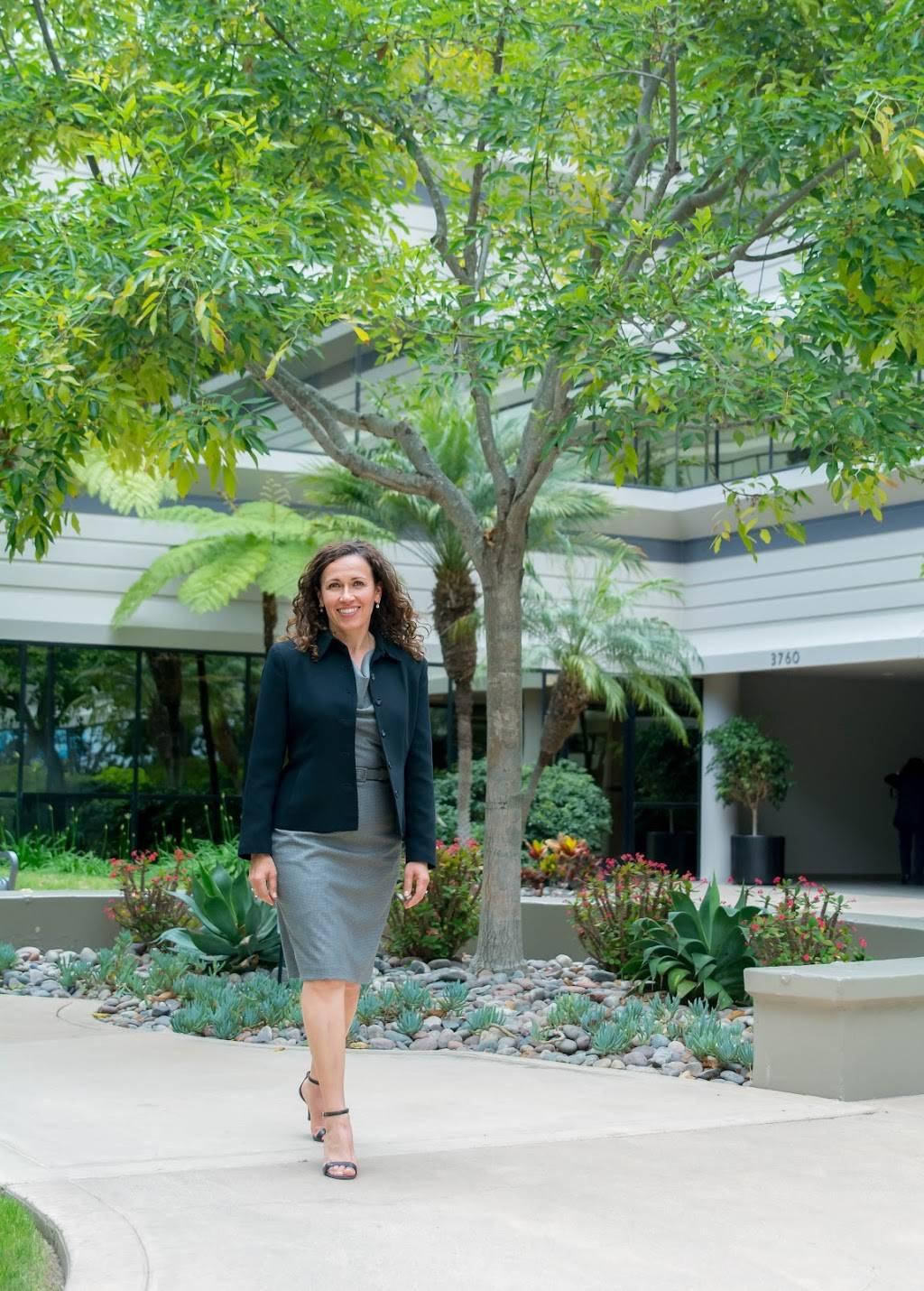 Yolanda Garcia Lorett, DDS - dentist  | Photo 3 of 7 | Address: 3750 Convoy St # 307, San Diego, CA 92111, USA | Phone: (858) 277-4453