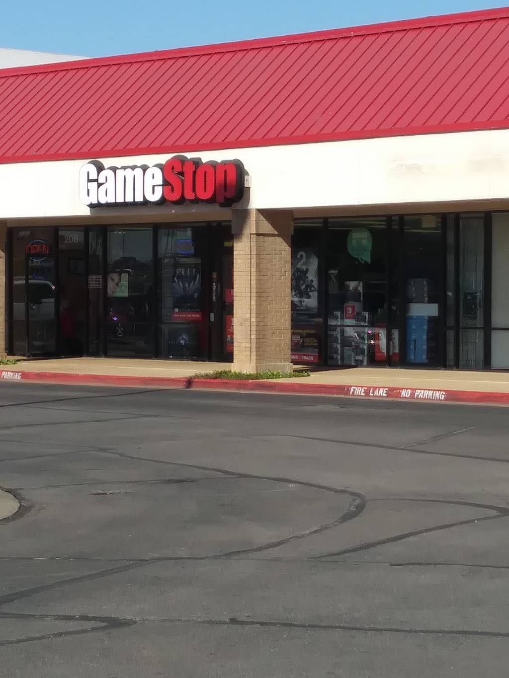 GameStop - electronics store  | Photo 3 of 6 | Address: 1120 E Parker Rd, Plano, TX 75074, USA | Phone: (972) 633-6444