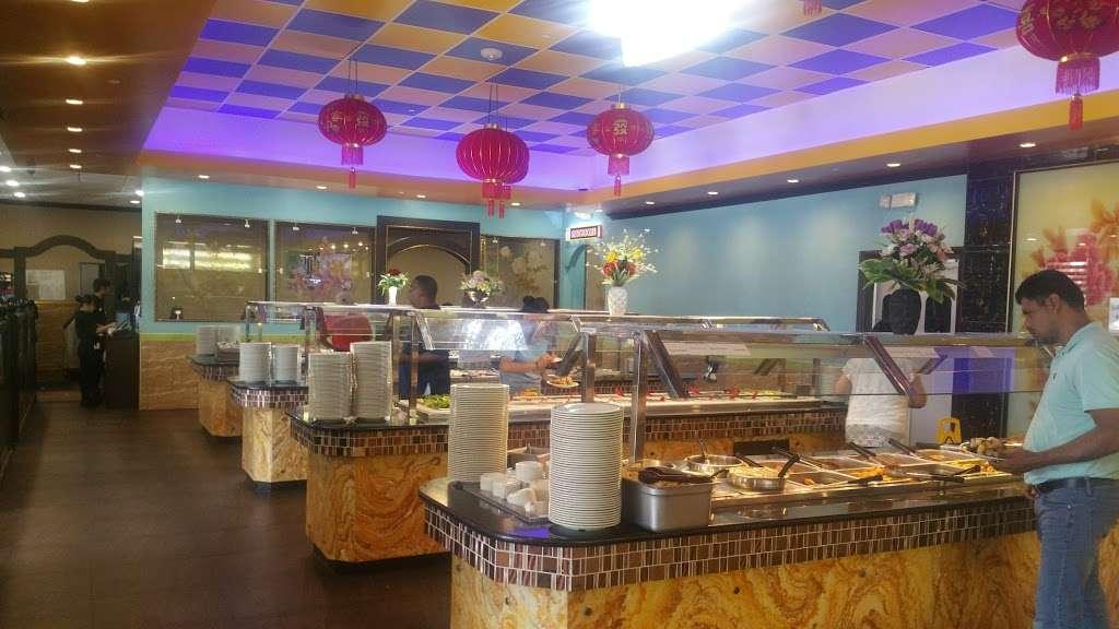 Flaming Buffet - restaurant  | Photo 2 of 10 | Address: 3046 Lavon Dr #110, Garland, TX 75040, USA | Phone: (972) 905-5655