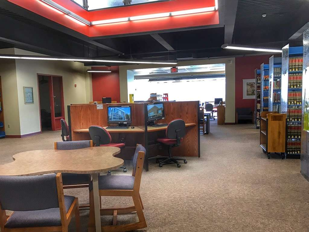 LCCC Rothrock Library - library  | Photo 3 of 7 | Address: 4750 Orchard Rd, Schnecksville, PA 18078, USA | Phone: (610) 799-1150