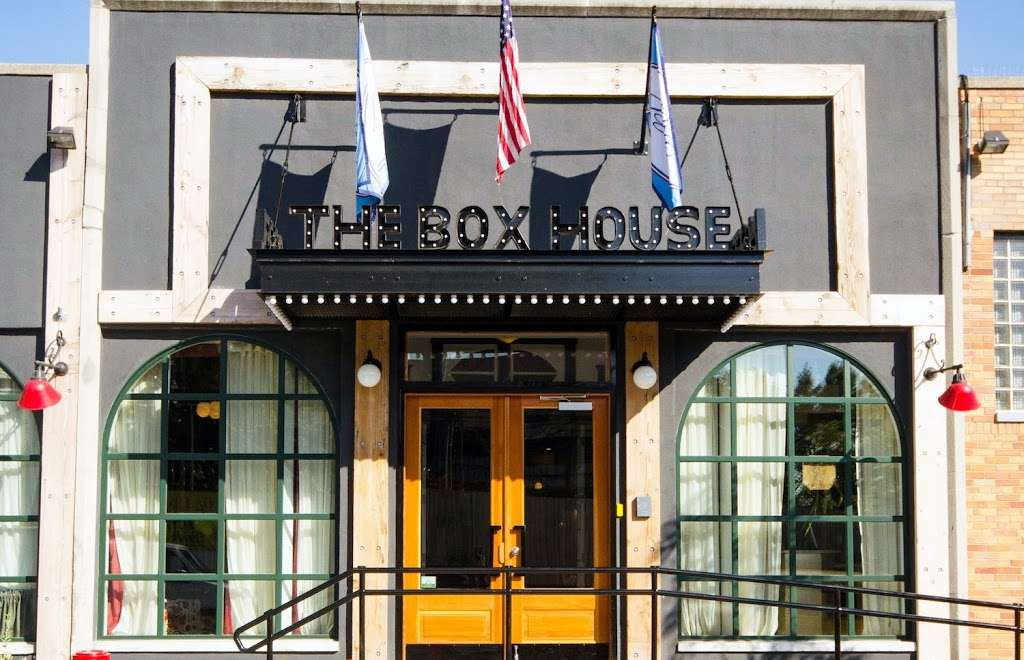 The Box House Hotel - lodging  | Photo 1 of 10 | Address: 77 Box St, Brooklyn, NY 11222, USA | Phone: (718) 383-3800