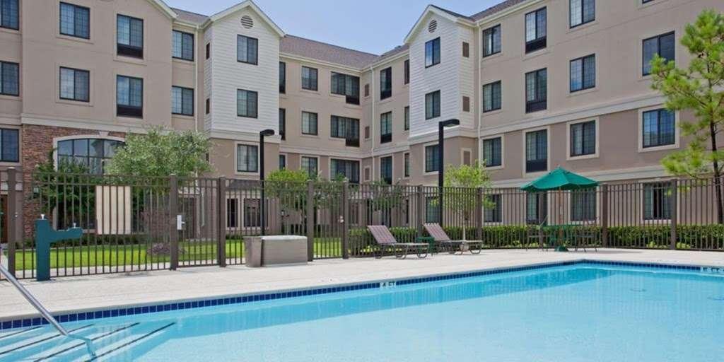 Staybridge Suites Houston East - Baytown - lodging  | Photo 7 of 10 | Address: 7626 Garth Rd, Baytown, TX 77521, USA | Phone: (281) 421-0030