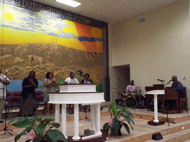 Calvary Missionary Baptist Church - church  | Photo 4 of 7 | Address: 9013 McGallion Rd, Houston, TX 77022, USA | Phone: (713) 694-2262