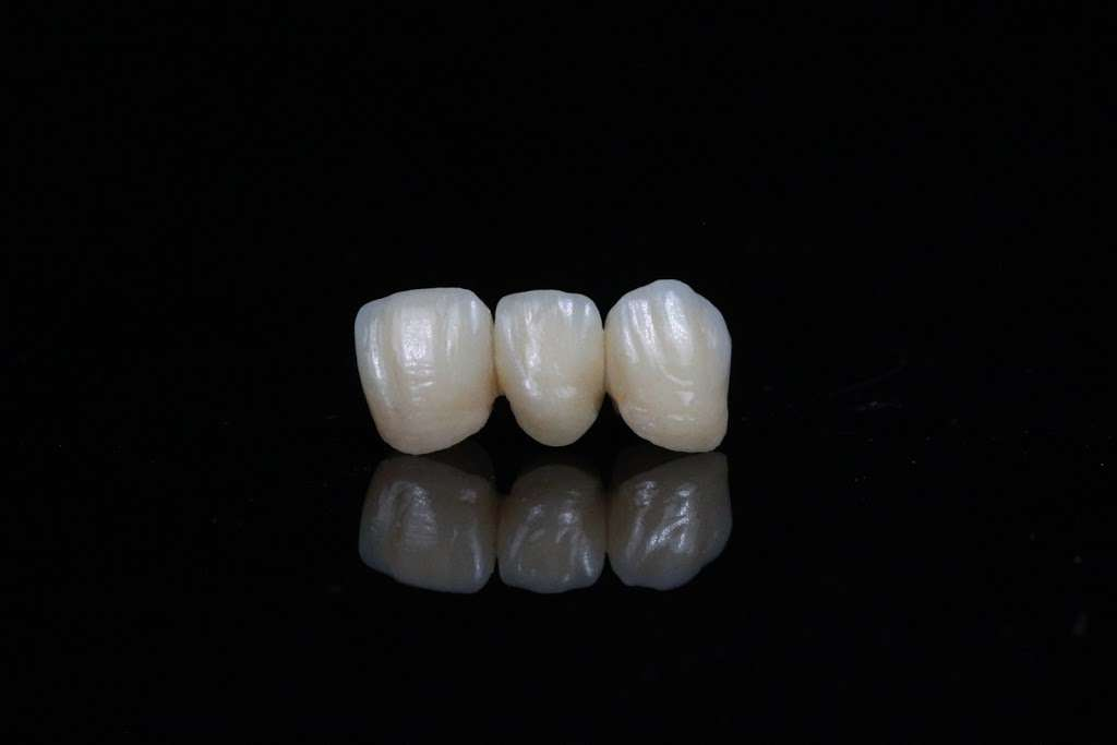 Marotta Dental Studio, Inc - dentist  | Photo 3 of 5 | Address: 130 Finn Ct, Farmingdale, NY 11735, USA | Phone: (866) 627-6882