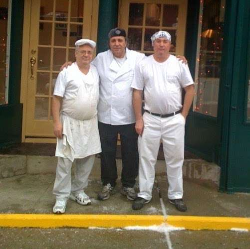 The 3 Luigis - restaurant    Photo 7 of 8   Address: 275 Grand Ave, Brooklyn, NY 11238, USA   Phone: (718) 622-0059