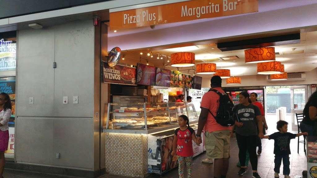 Pizza Plus - restaurant  | Photo 3 of 10 | Address: 4 South St, New York, NY 10004, USA | Phone: (212) 943-1800