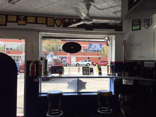 Jerry & Son Auto Service Inc. - car dealer  | Photo 4 of 8 | Address: 1602 Bronxdale Ave, The Bronx, NY 10462, USA | Phone: (718) 822-9102