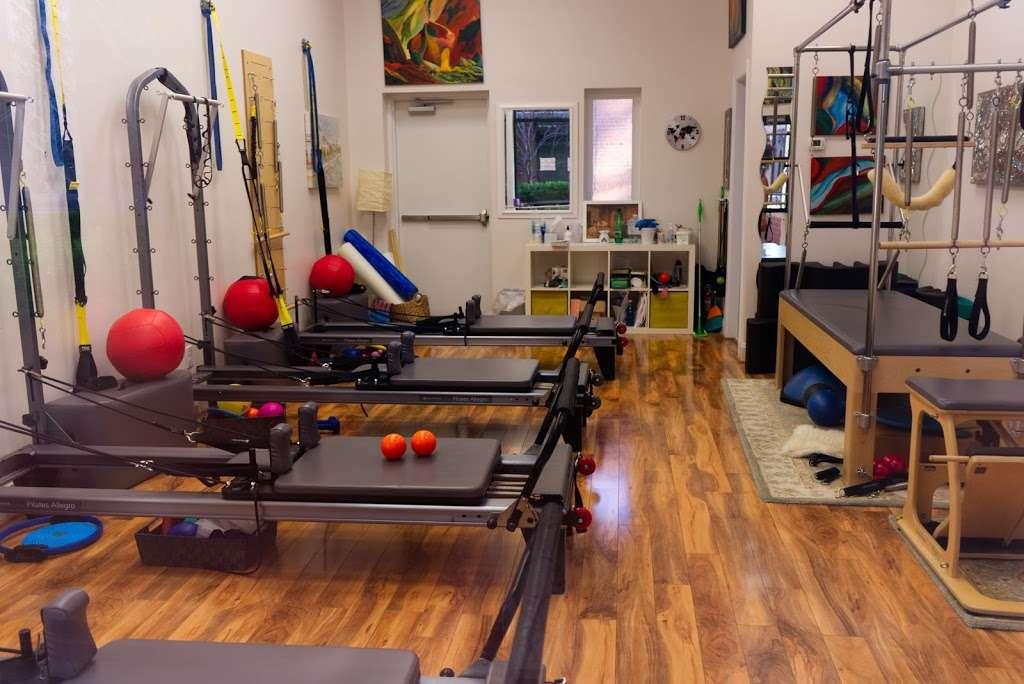 Fort Hunt Pilates - gym    Photo 7 of 10   Address: 7954 Fort Hunt Rd, Alexandria, VA 22308, USA   Phone: (703) 402-8368
