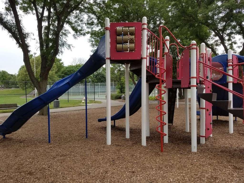 Memorial Park - park  | Photo 4 of 10 | Address: La Grange Park, IL 60526, USA