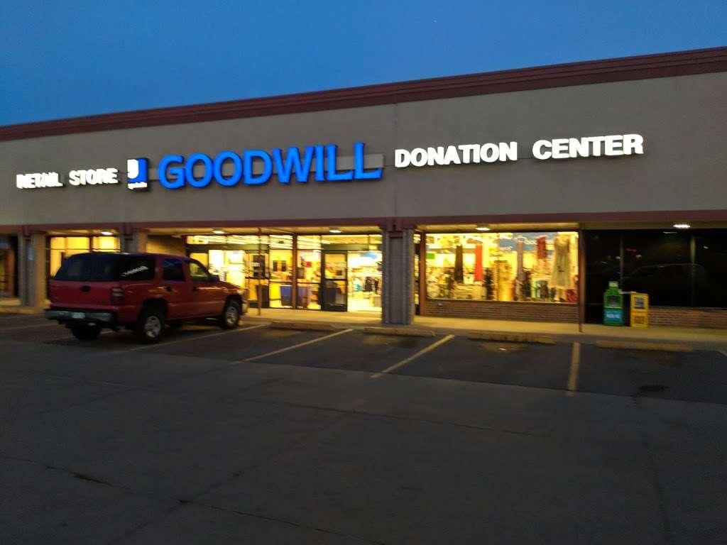 Goodwill Boulder - furniture store  | Photo 9 of 10 | Address: 2486 Baseline Rd, Boulder, CO 80305, USA | Phone: (303) 494-5145
