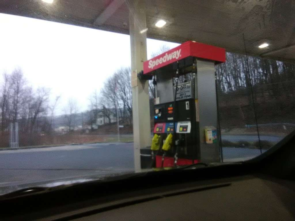 Speedway - convenience store  | Photo 9 of 10 | Address: 6 Tremont Rd, Pine Grove, PA 17963, USA | Phone: (570) 345-2296