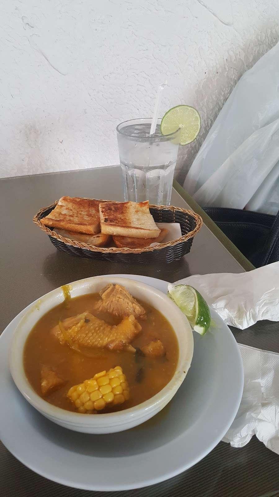 Fiesta Cafe and Bar - cafe  | Photo 6 of 10 | Address: 4640 Third Ave, Bronx, NY 10458, USA | Phone: (718) 733-2211