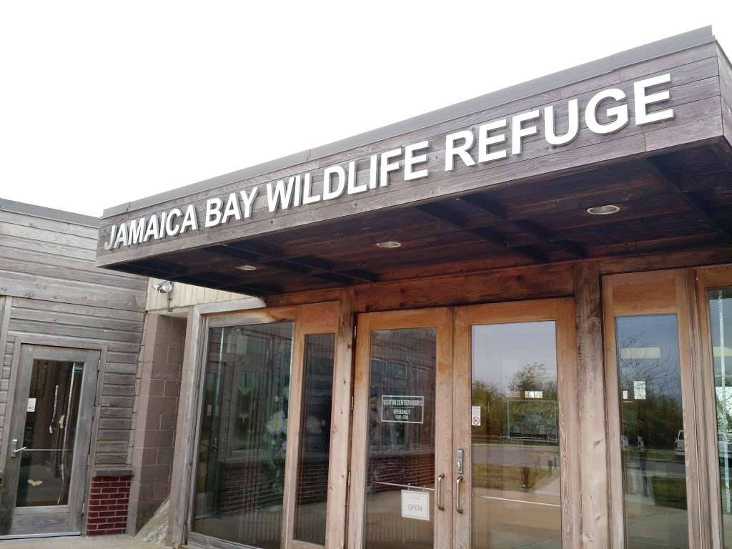 Jamaica Bay Wildlife Refuge Visitor Center - travel agency  | Photo 2 of 10 | Address: 175-10 Cross Bay Blvd, Broad Channel, NY 11693, USA | Phone: (718) 318-4340