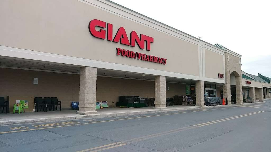 GIANT Food Stores | 859 Nazareth Pike, Nazareth, PA 18064, USA