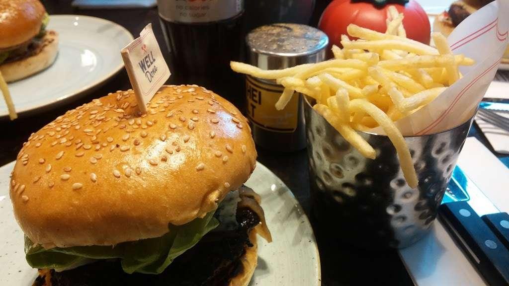 Gourmet Burger Kitchen (Baker Street) - restaurant  | Photo 8 of 10 | Address: 102 Baker St, Marylebone, London W1U 6TL, UK | Phone: 020 7486 8516