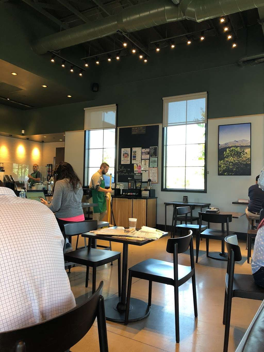 Starbucks - cafe  | Photo 7 of 10 | Address: 30571 Highway 79 S, A, Temecula, CA 92592, USA | Phone: (951) 506-2785