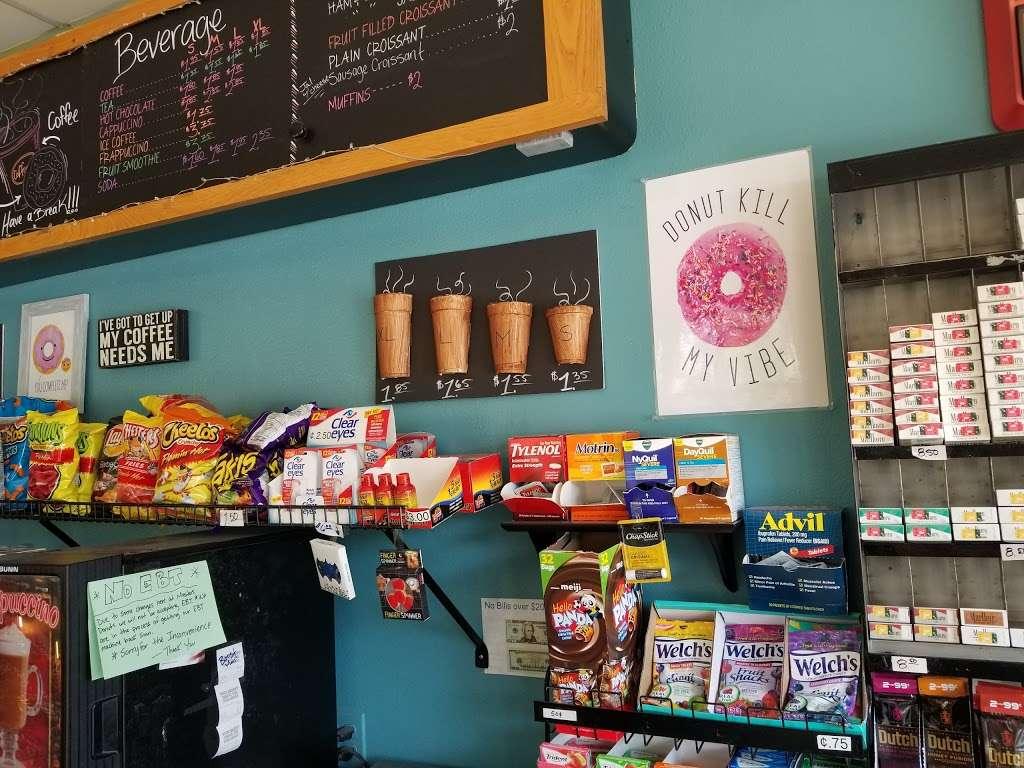 Masters Donuts - bakery  | Photo 7 of 10 | Address: 11637 Cherry Ave # 3, Fontana, CA 92337, USA | Phone: (909) 350-9544