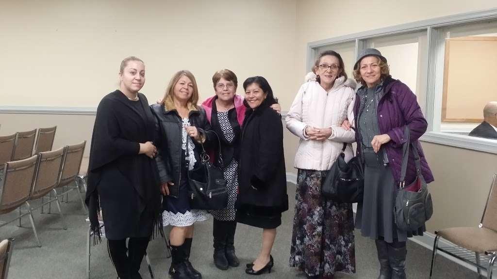 Kingdom Hall of Jehovahs Witnesses - church  | Photo 2 of 2 | Address: 225 E Oak Rd, Vineland, NJ 08360, USA | Phone: (856) 691-1975