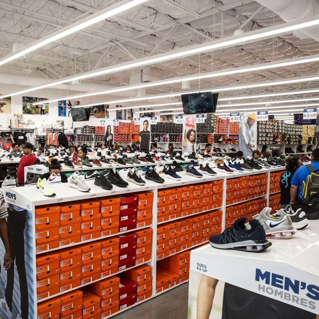 WSS - shoe store    Photo 5 of 10   Address: 20310 S Wilmington Ave, Compton, CA 90220, USA   Phone: (310) 537-4617