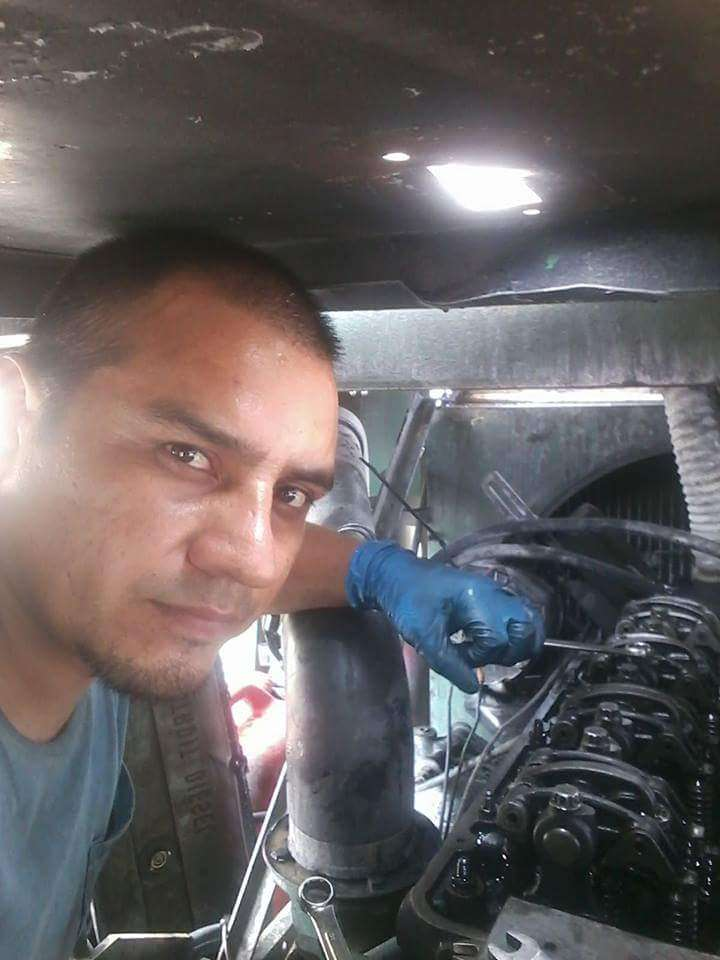 Mecanico a domicilio West Palm Beach - car repair  | Photo 9 of 9 | Address: 4589 Barclay Crescent, Lake Worth, FL 33463, USA | Phone: (561) 201-1792