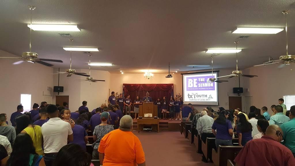 Iglesia Adventista del Séptimo Día - church  | Photo 5 of 8 | Address: 3108 Columbia Dr, Laredo, TX 78046, USA | Phone: (956) 645-0793