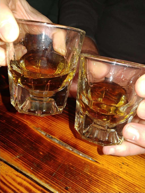 Mollys Pub - night club    Photo 1 of 10   Address: 400 Texas Ave, Kemah, TX 77565, USA   Phone: (281) 334-2777