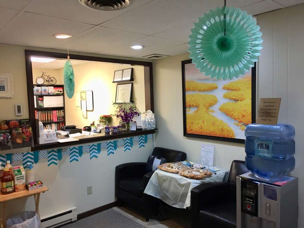 Annalee Chiropractic Care - doctor  | Photo 3 of 10 | Address: 920 Main St 2nd floor, Hackensack, NJ 07601, USA | Phone: (201) 530-0060