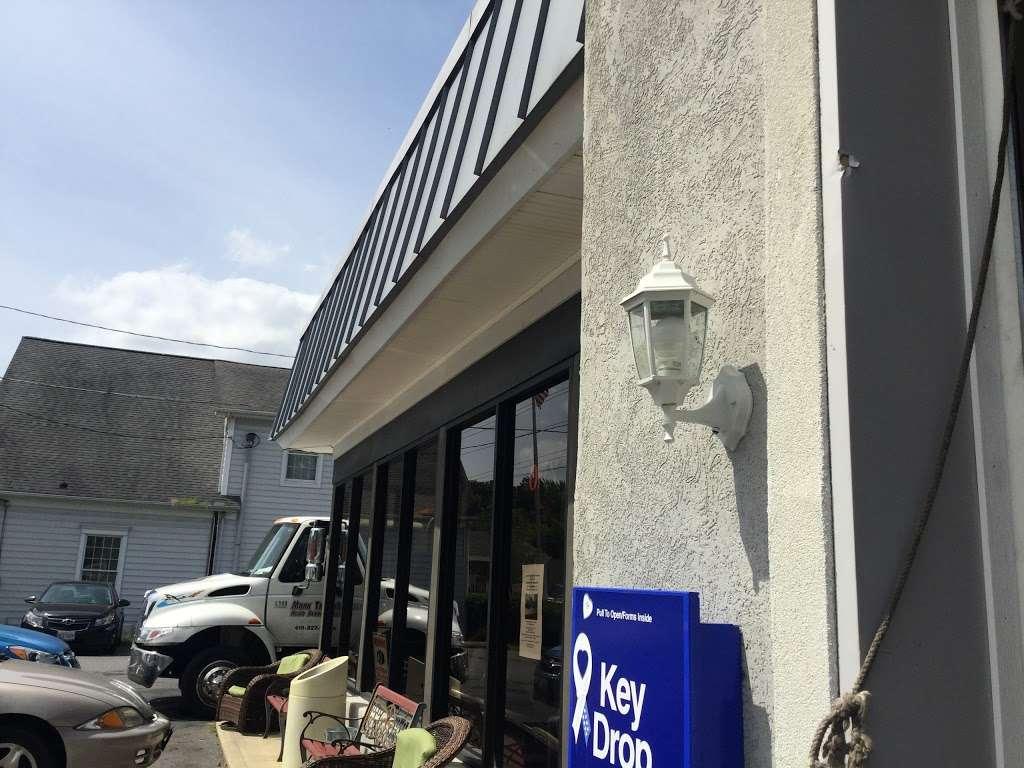 Willards Service Center - car repair    Photo 3 of 5   Address: 4311 Main St, Grasonville, MD 21638, USA   Phone: (410) 827-7222