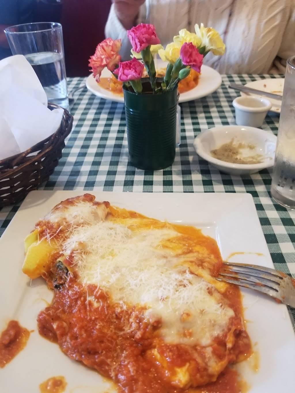 Francos Italian Restaurant - bakery  | Photo 4 of 10 | Address: 4453 W Cerritos Ave, Cypress, CA 90630, USA | Phone: (714) 761-9040