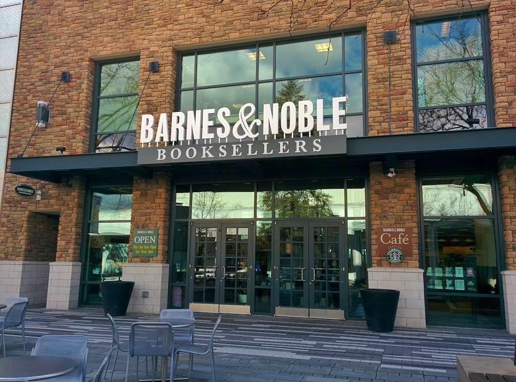 barnes \u0026 noble book store 297 oakbrook center, oak brook, ilbarnes \u0026 noble book store photo 8 of 10 address 297 oakbrook