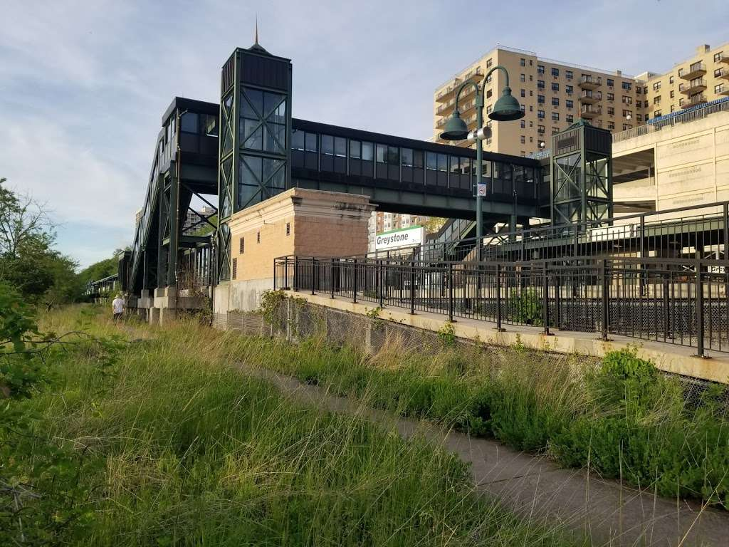 Greystone - train station  | Photo 3 of 10 | Address: Yonkers, NY 10701, USA