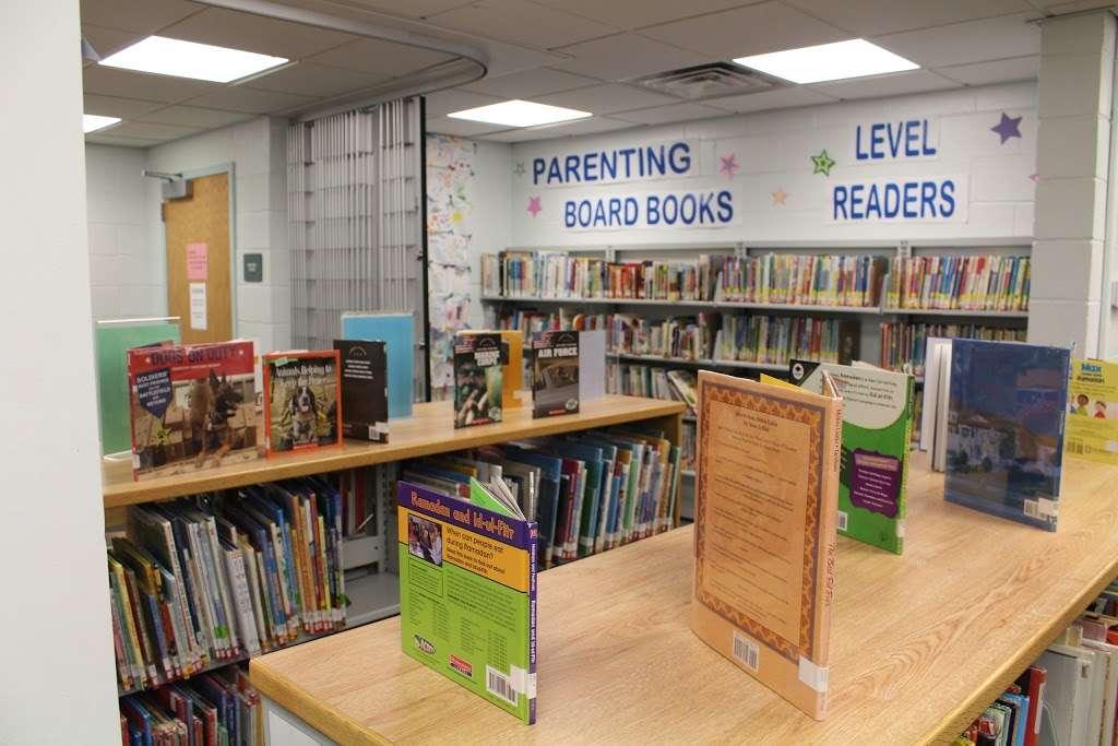 Edison Public Library: Clara Barton Branch - library  | Photo 6 of 10 | Address: 2600, 141, Hoover Ave, Edison, NJ 08837, USA | Phone: (732) 738-0096