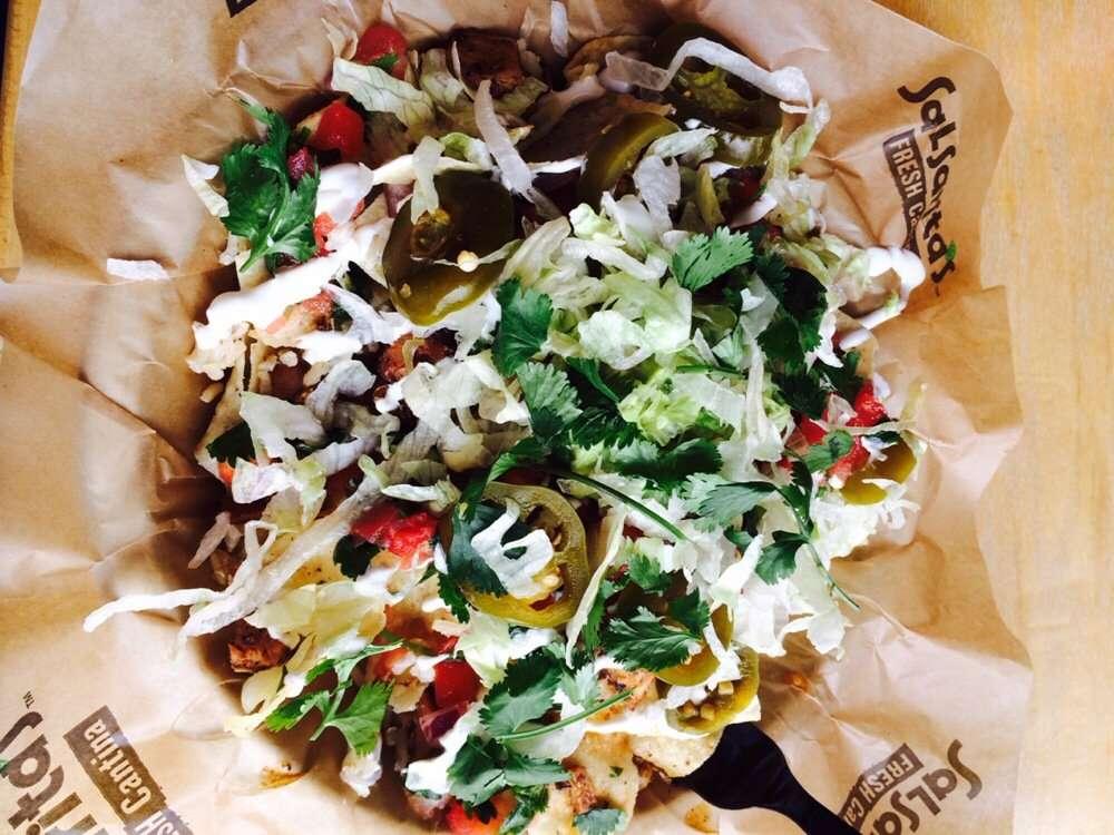 Salsaritas Fresh Mexican Grill - restaurant  | Photo 2 of 10 | Address: 120 Summit Park Dr #600, Salisbury, NC 28146, USA | Phone: (704) 870-3037