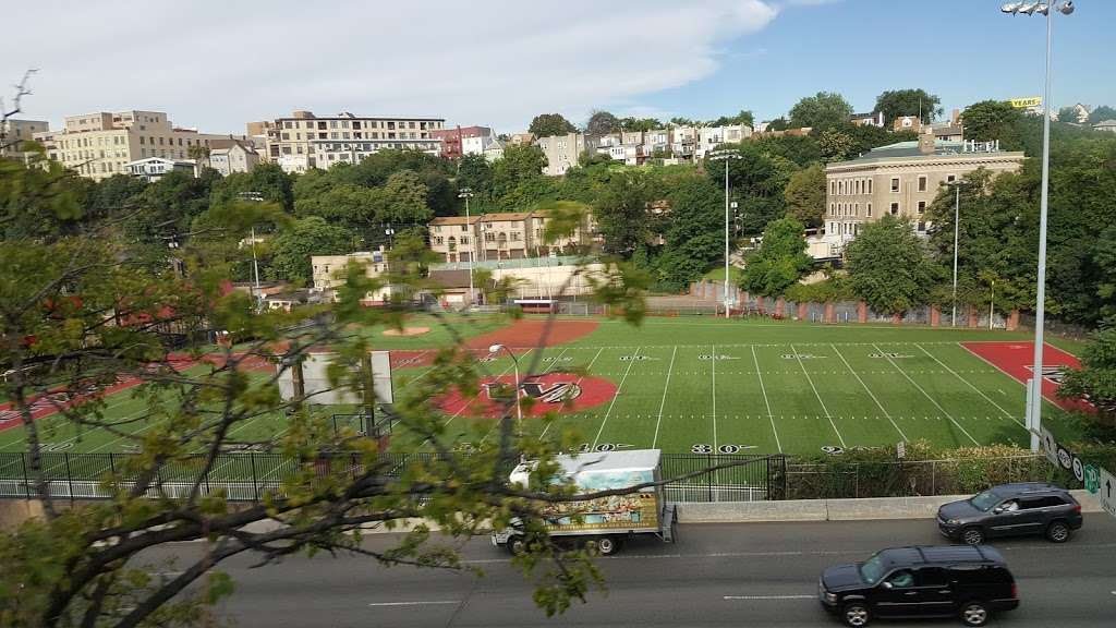 Weehawken Stadium - park  | Photo 9 of 10 | Address: Weehawken, NJ 07086, USA