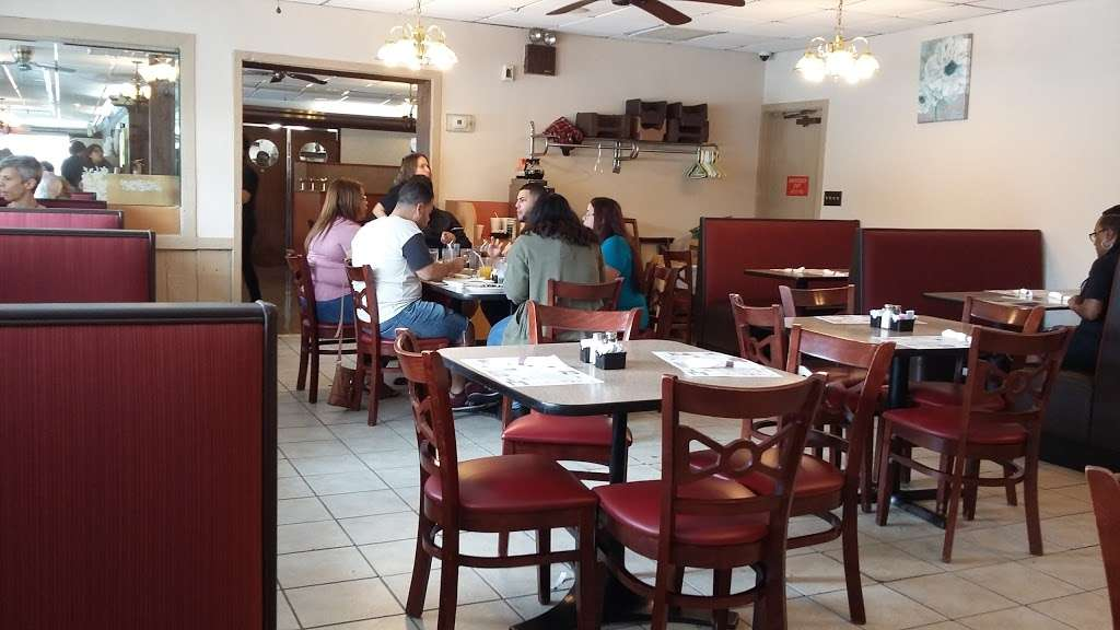 Columbia Diner - restaurant  | Photo 1 of 9 | Address: 1725 Columbia Ave, Lancaster, PA 17603, USA | Phone: (717) 392-8371