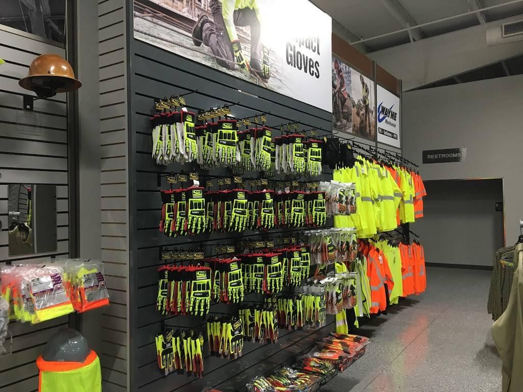 Wayne Workwear - shoe store  | Photo 4 of 8 | Address: 4115 W Reno Ave, Oklahoma City, OK 73107, USA | Phone: (405) 795-5088