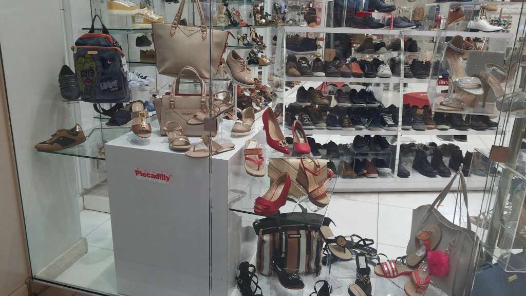 ISHOES STORE AT WESTLAND MALL, PICCADILLY AND BEIRA RIO SHOES - shoe store  | Photo 9 of 10 | Address: 1675 W 49th St, Hialeah, FL 33012, USA | Phone: (305) 819-2996