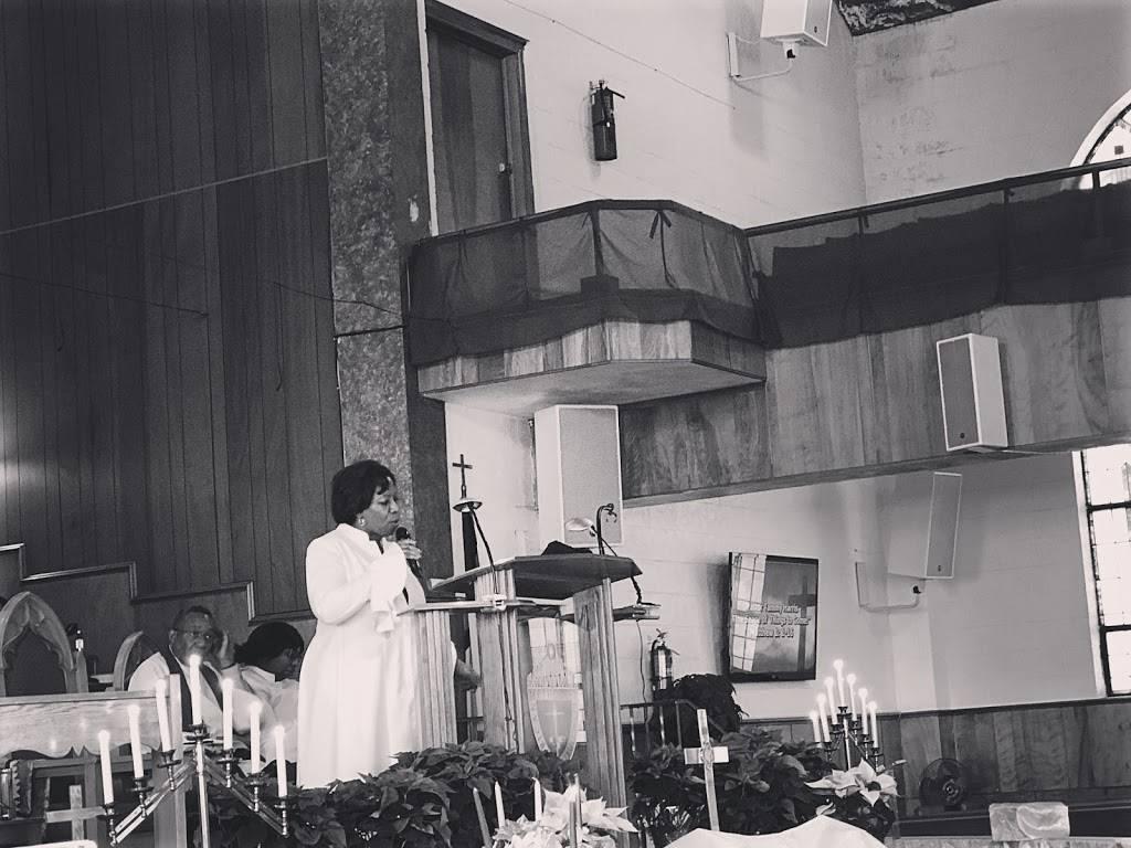St. Paul Church - church  | Photo 10 of 10 | Address: 2260 Hunt St, Detroit, MI 48207, USA | Phone: (313) 567-9643