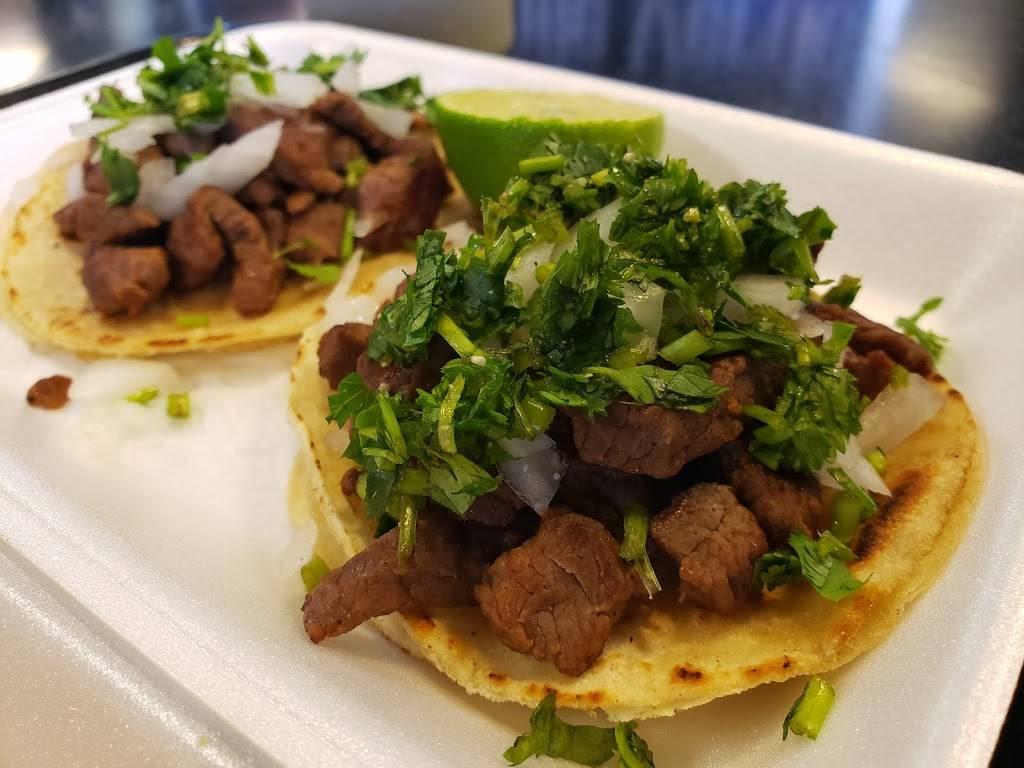 Chile Verde Mexican Grill - restaurant    Photo 3 of 9   Address: 8095 S Rainbow Blvd, Las Vegas, NV 89139, USA   Phone: (702) 526-9565