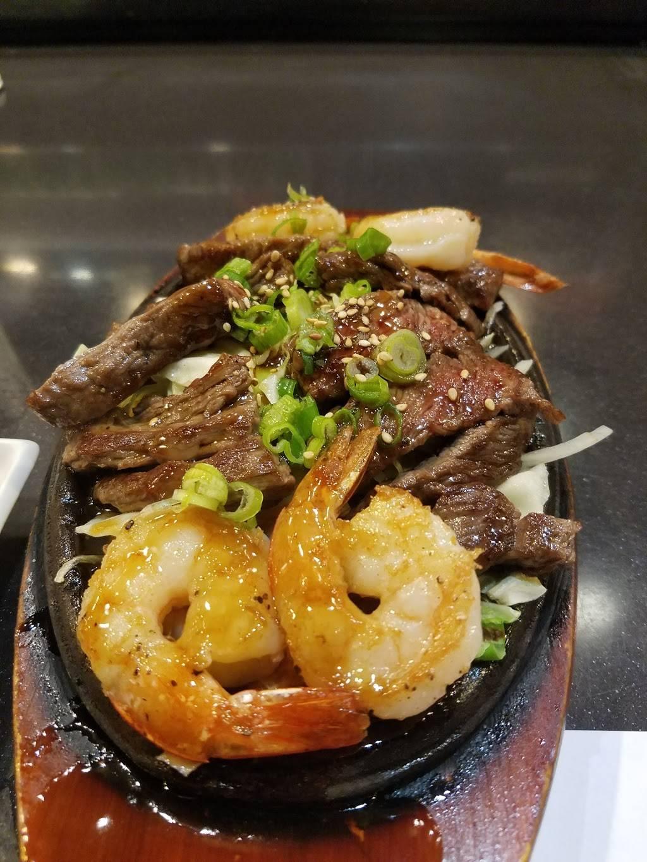 Oyshi Sushi - restaurant  | Photo 4 of 8 | Address: 7775 S Rainbow Blvd, Las Vegas, NV 89139, USA | Phone: (702) 646-9744