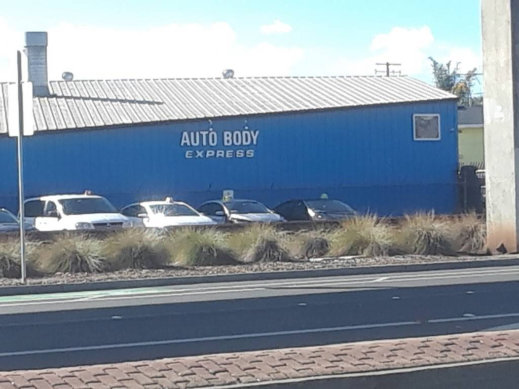 Auto Body Express - car repair    Photo 3 of 8   Address: 903 Williams St, San Leandro, CA 94577, USA   Phone: (510) 346-2886