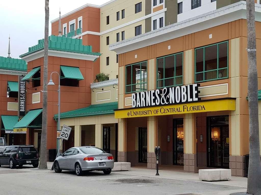 Barnes Noble College Booksellers Book Store 4201 E
