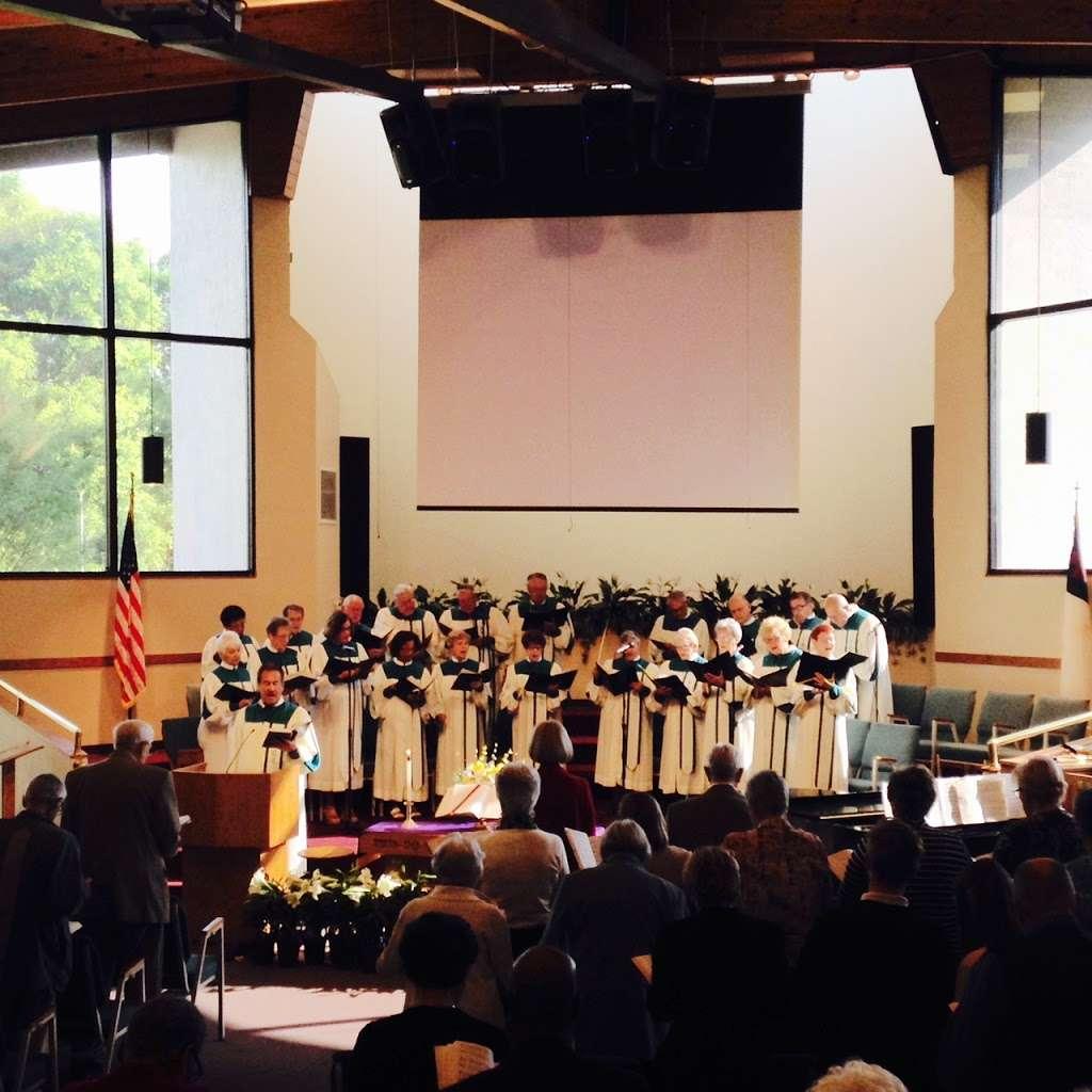 Rolling Hills Community Church - church  | Photo 8 of 10 | Address: 4407 W Orange Blossom Trail, Zellwood, FL 32798, USA | Phone: (407) 886-7664