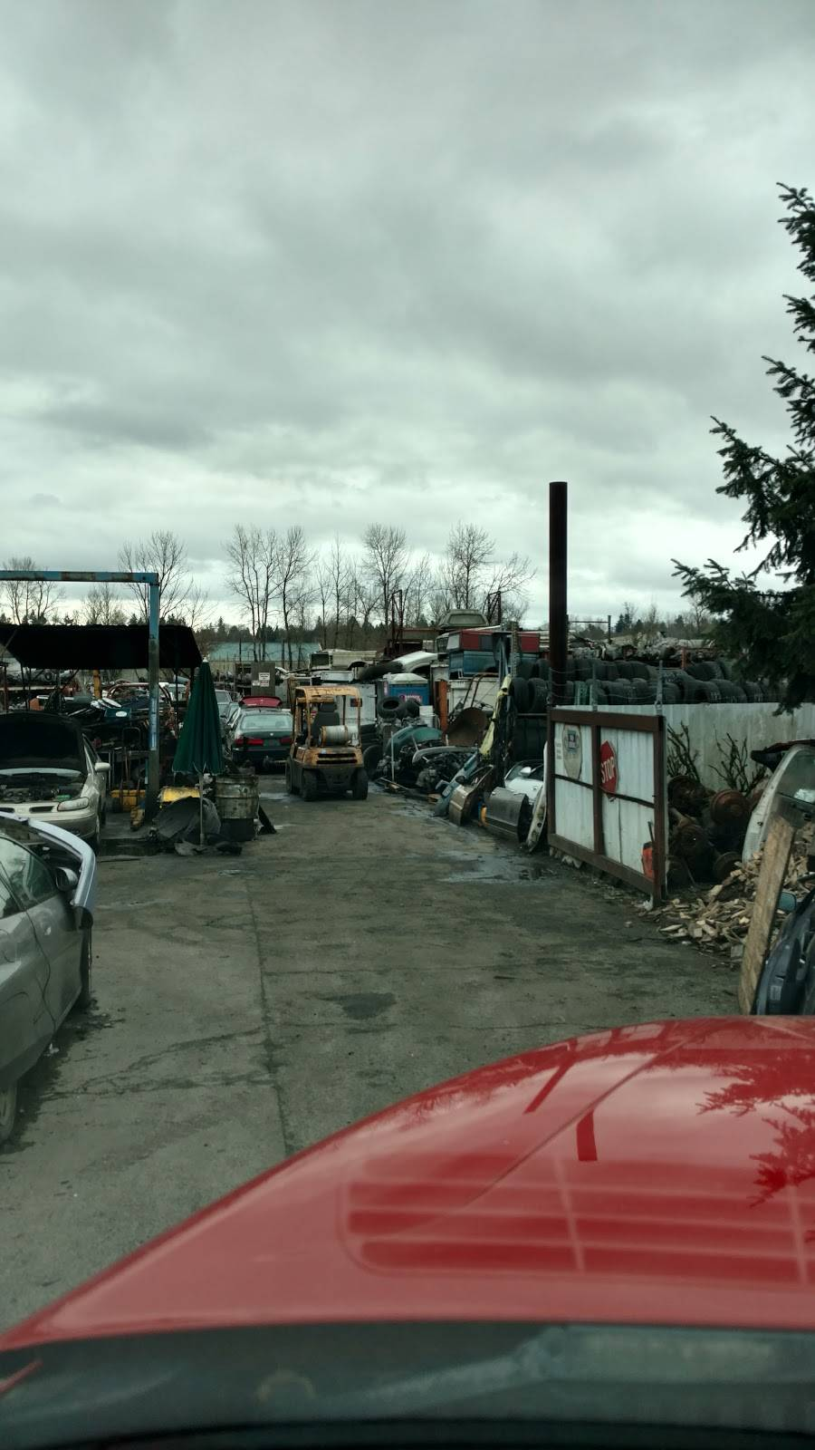 Crystal Lane Auto Salvage Inc - car repair  | Photo 5 of 9 | Address: 4540 NE Crystal Ln, Portland, OR 97218, USA | Phone: (503) 282-3452