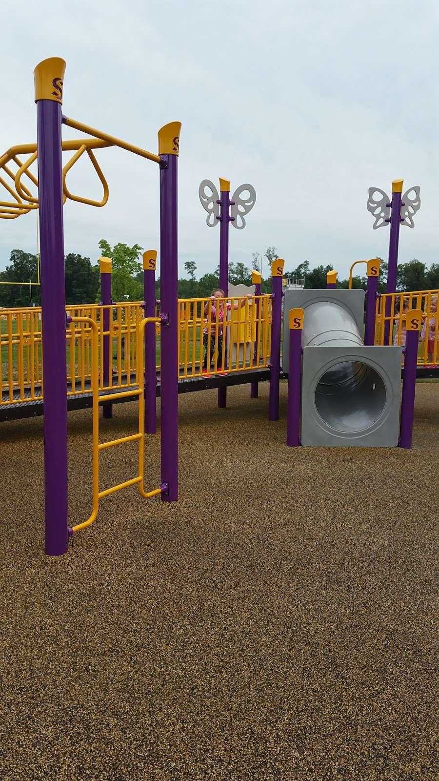 Liberty Park II - park  | Photo 4 of 10 | Address: 1400 W Park Ave, Tinton Falls, NJ 07712, USA | Phone: (732) 542-3400