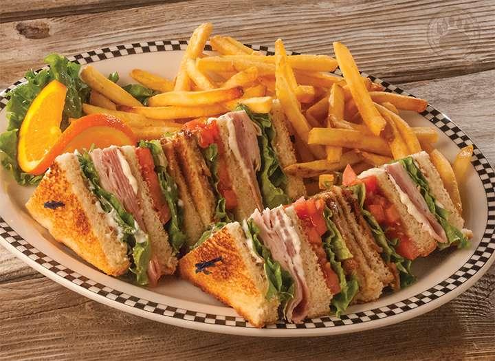 Chino Black Bear Diner - restaurant  | Photo 7 of 10 | Address: 12325 Mountain Ave, Chino, CA 91710, USA | Phone: (909) 364-9743