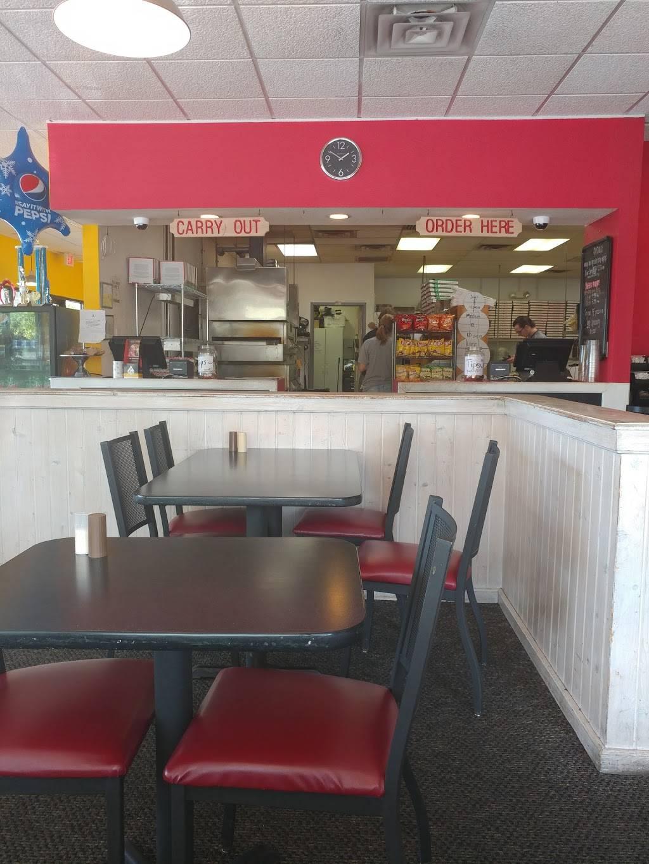 Mancinos Pizza & Grinders - restaurant    Photo 3 of 10   Address: 7200 Lewis Ave # B1, Temperance, MI 48182, USA   Phone: (734) 847-5000